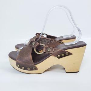 Skechers Vintage Somethin' else Cushioned Sandals